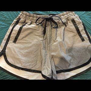 """Lululemon 4"""" Athletic Shorts size 4"""